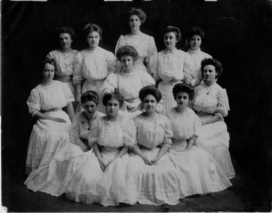 Elizabeth College Class of 1910 Charlotte, North Carolina